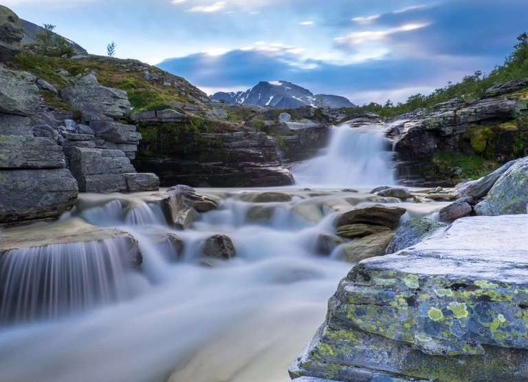 Ein Wasserfall im Rondane Nationalpark