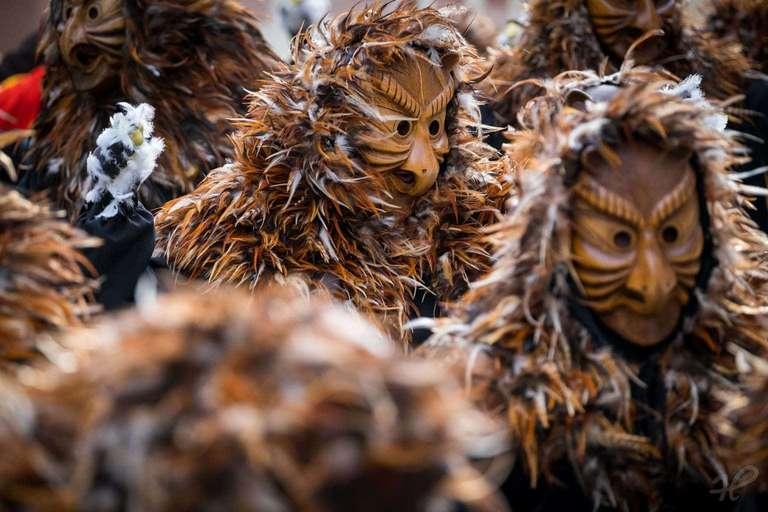 Schuhu-Hexen an der Straßenfasnet in Wolfach