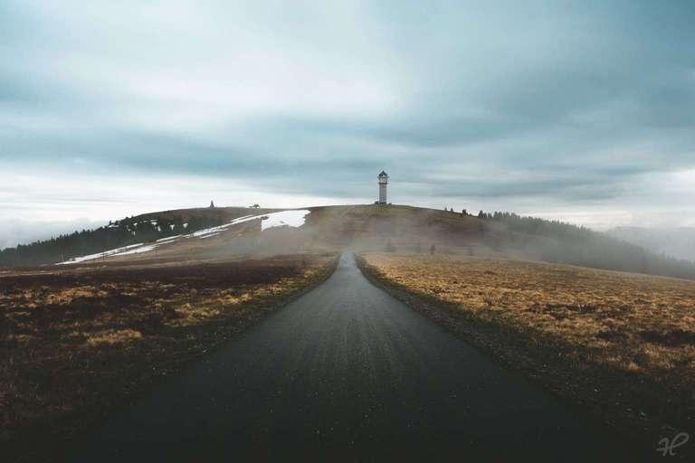 Straße zum Feldbergturm