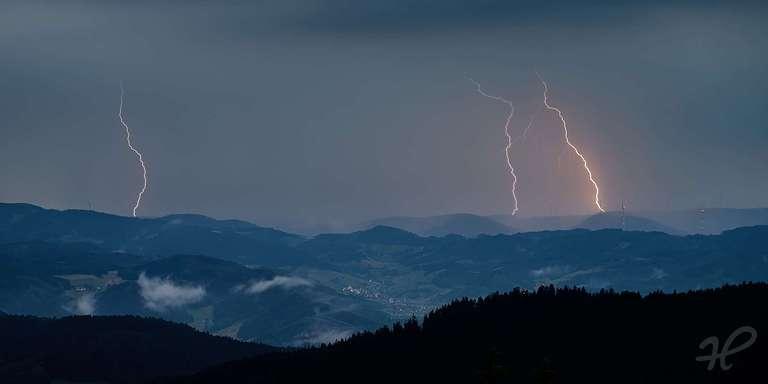 Blitze über dem Kinzigtal