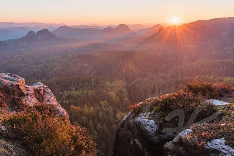Sonnenaufgang im Elbsandstein