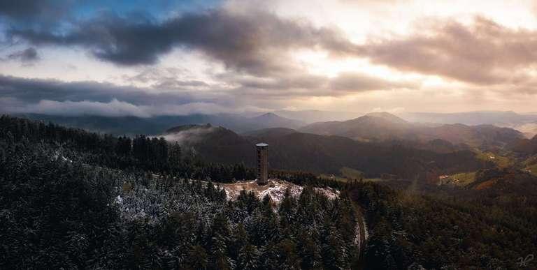 Dramatische Wolken am Buchkopfturm