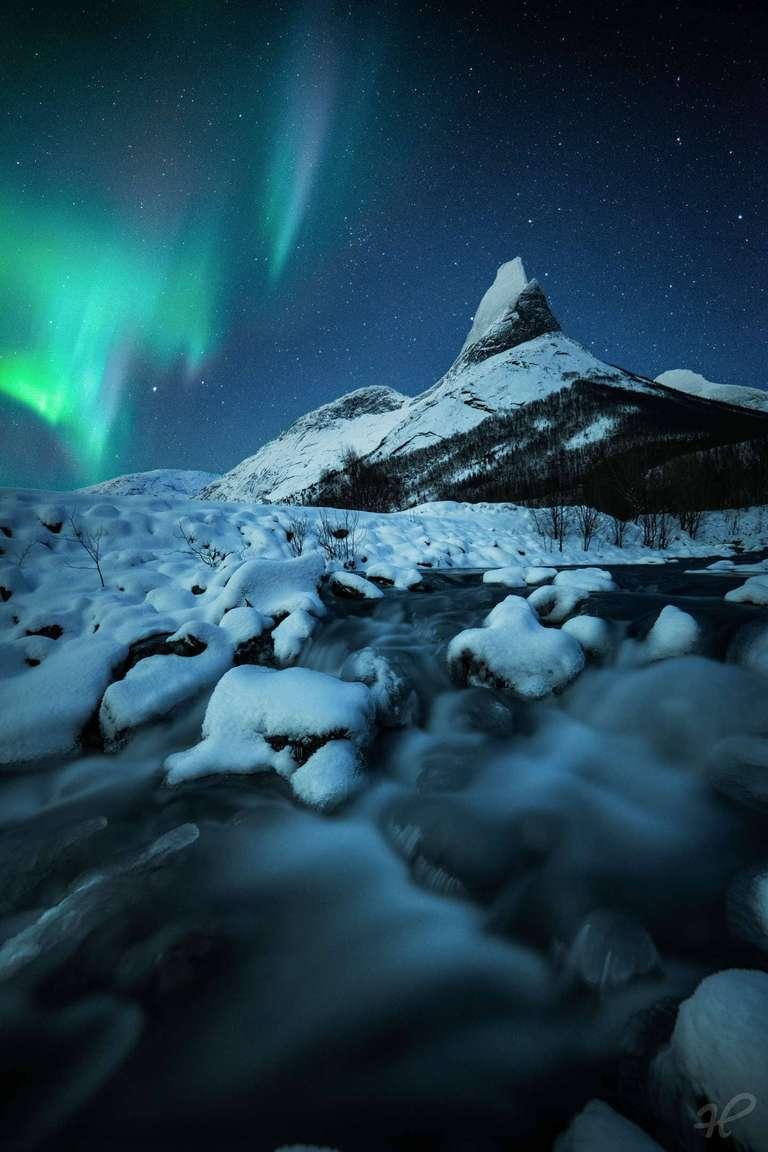 Polarlicht über dem Stetind