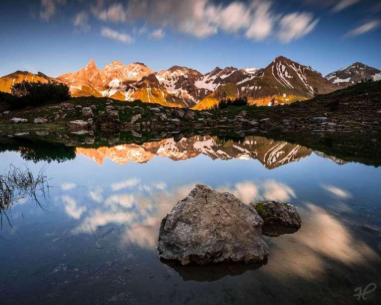 Bergsee im Allgäu vor Sonnenuntergang