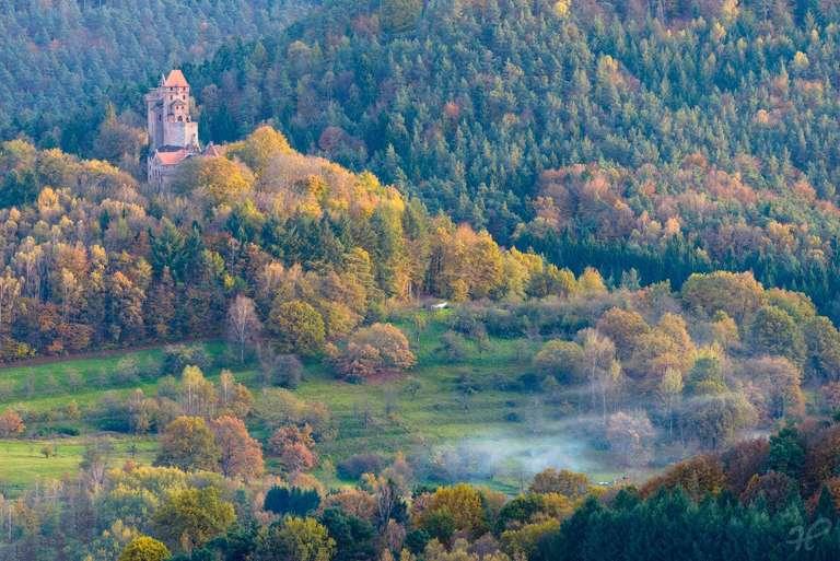 Burg Berwartstein im Herbst