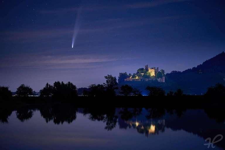 Komet Neowise mit Schloss Ortenberg 2020