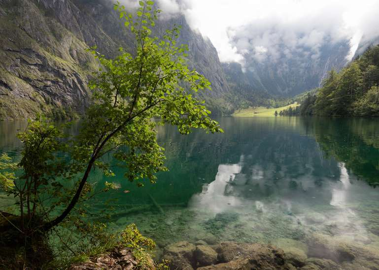 Spiegelung am Bergsee 1