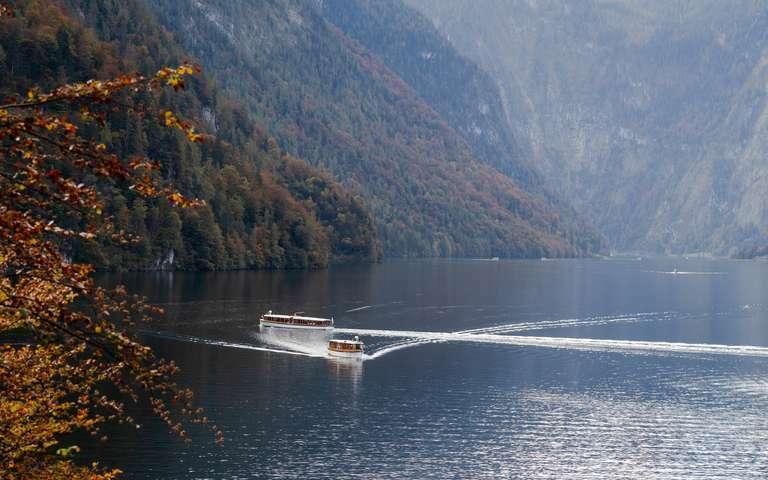 Bootsfahrt im bayrischen Fjord
