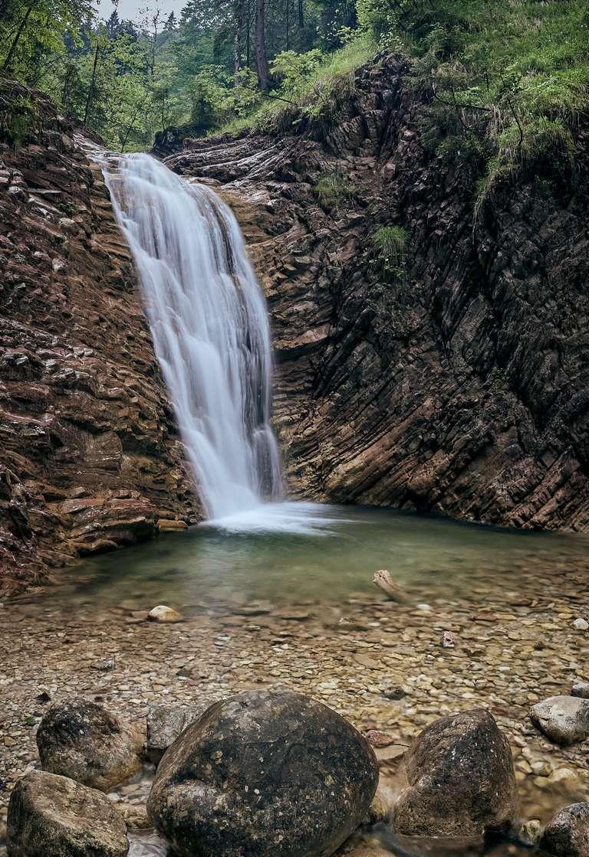 Klamm mit Wasserfall bei Unterammergau