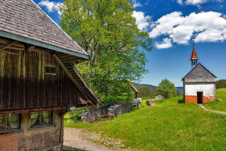 Bauernhof mit Kapelle