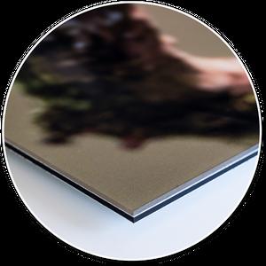 Unsere Heimatfotos Druckprodukte: UV-Direktdruck hinter Acrylglas (original Plexiglas) - eine besonders noble Variante ein Wandbild herzustellen. Wir bieten eine matte und eine glänzende Variante an.