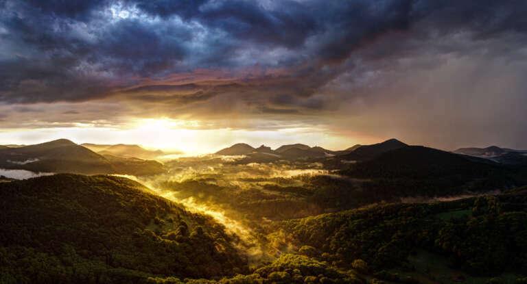Die Pfalz von oben – Sommermorgen