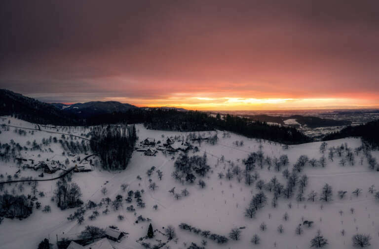 Sonnenuntergang bei Schnee
