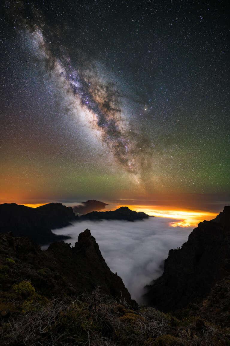 Milchstraße über dem Nebelmeer